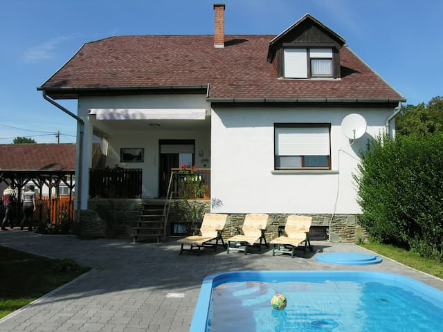 'Relax' Holiday home with pool in Bükfürdő