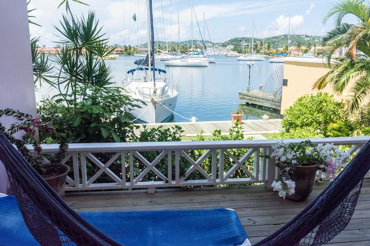 Harbour 2-Bed Villa #14a Water-front with Pool