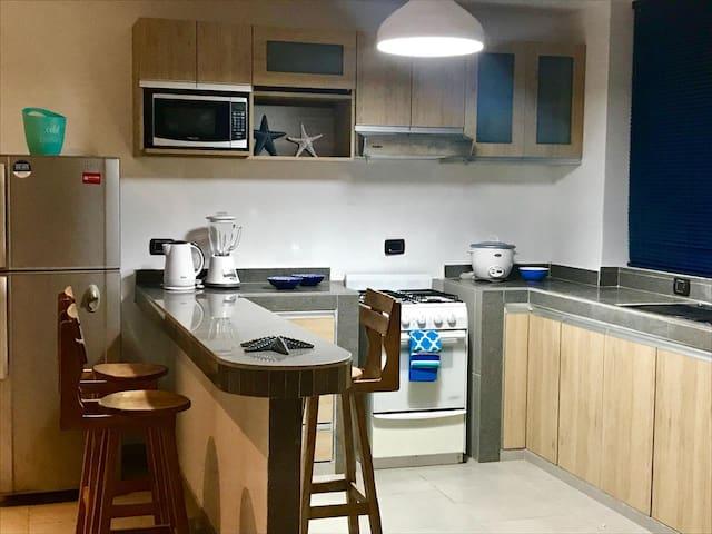 Cocina equipada - equipped kitchen