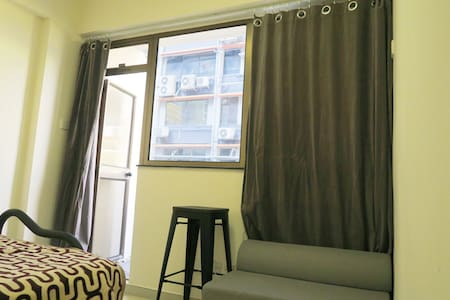 NEWLY renovated, Beautiful balcony in central LKF! - -