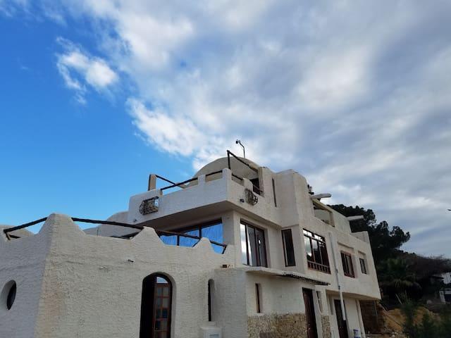 Zougueg City's Lodge