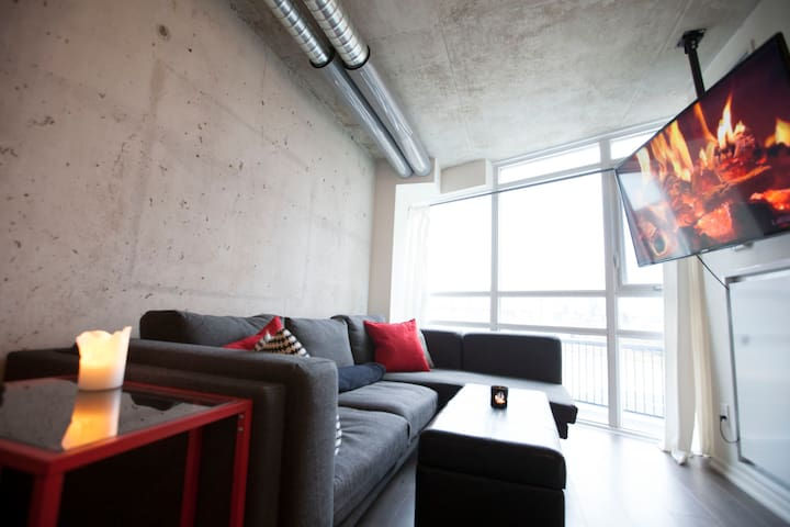1 Bedroom Cozy Unique Modern Loft Queen West Apartments For Rent In To