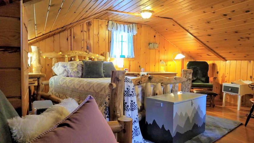 Cottage at Pikes Peak
