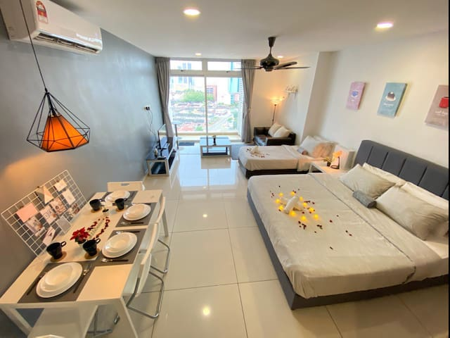 deGREY suite @KSL JB | 4-5 Pax | Wifi&Air Purifier