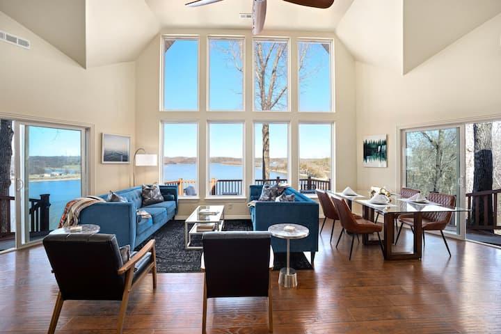 Birds-Eye Lodge - HOT TUB OPEN! - 180 Degree Views of Beaver Lake - Sauna!