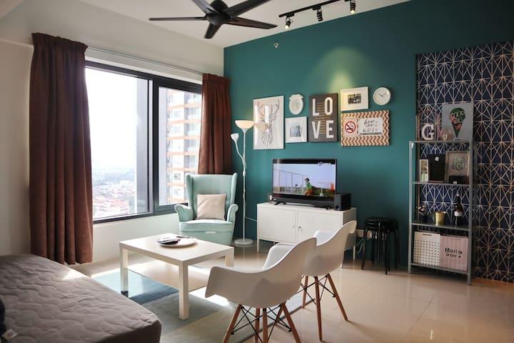 GISELLE | Lovely 2BR City Home | 棒棒哒时尚市区公寓套房