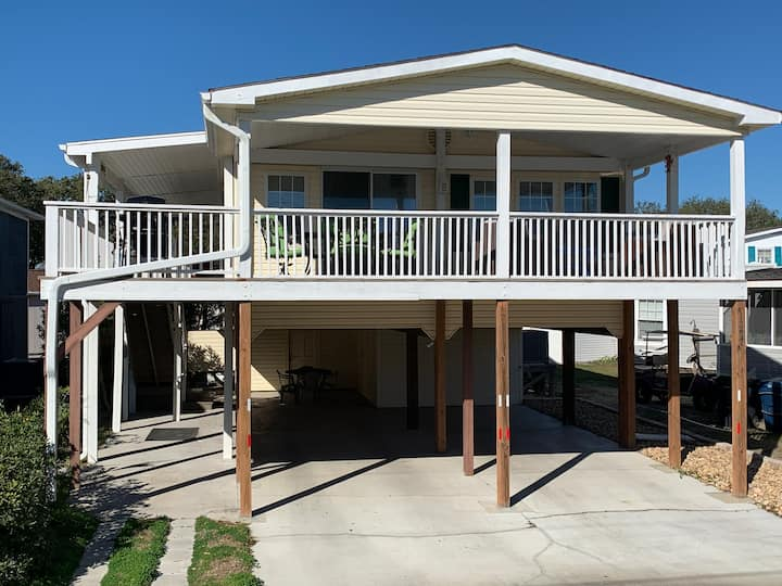2 Br Pier bungalow across street Surfside Beach.