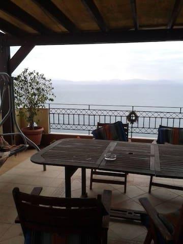 Βουνο και θαλασσα - Githio - Casa