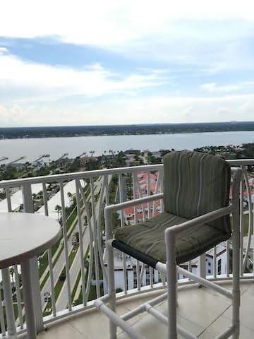 Panoramic River View's  15SW - Daytona Beach Shores - Kondominium