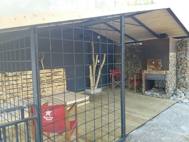 CASA ARRAGÜETA Casa de Campo con 1000m2 de Jardín - Murillo el Fruto - Haus