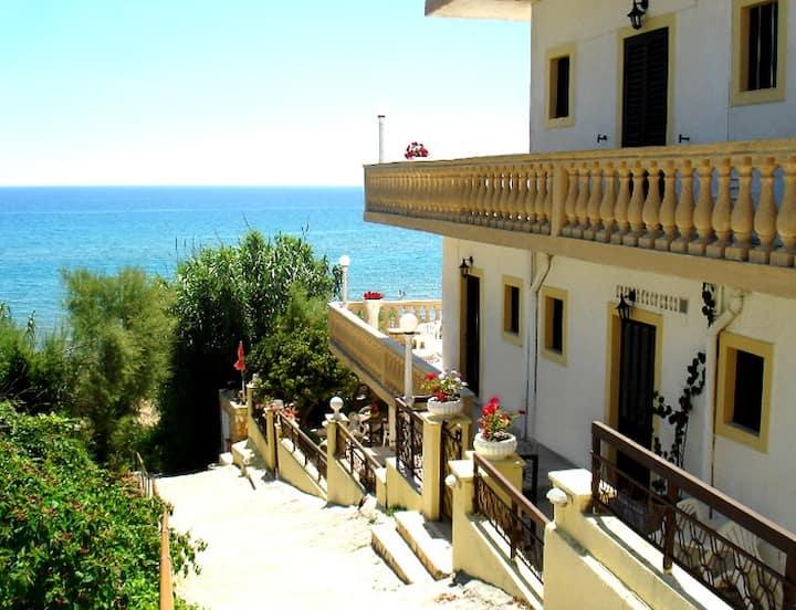 Pelagos Apartments 12