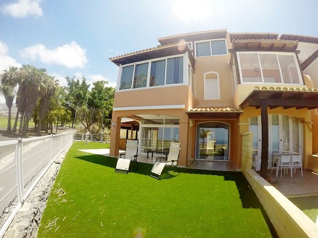 Luxury Villa Mirador Del Golf - アデヘ - 別荘