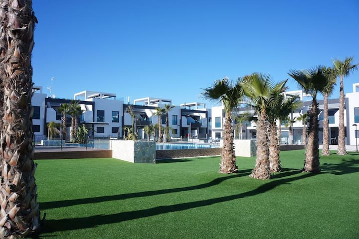Oasis Beach La Zenia
