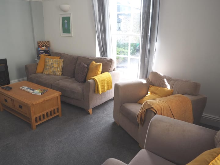 Great apartment in Central Tavistock