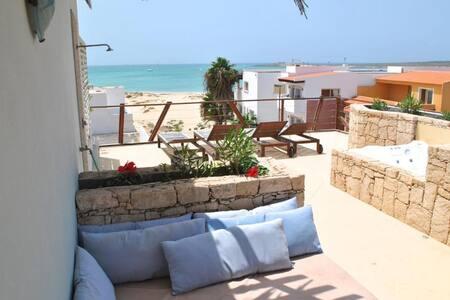 Splendido appartamento a 50 metri dal mare!