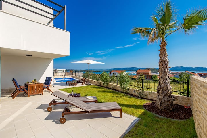 Luxury Apartment with Private Pool & Garden
