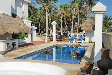 Casa del Secreto - Punta Maroma