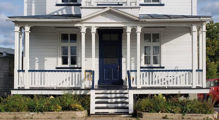 Grande maison ancestrale.