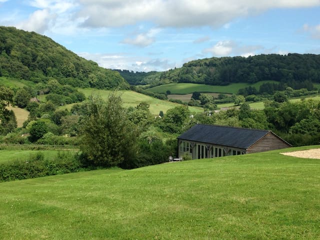 The Shed, Nr North Nibley