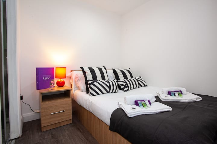 Central Apartment in Manchester City Centre, near to Oxford Road and Universities