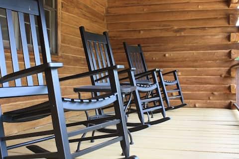 Family Cabin near Lake Lure