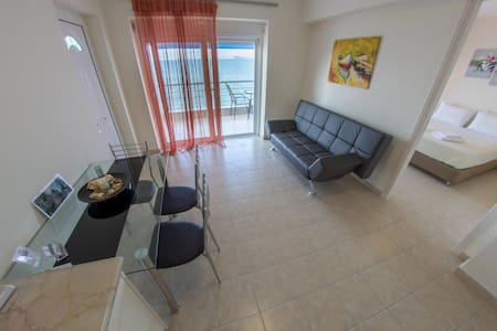 Seaside,SeaView,Big balcony,1 Bedroom,1 Bath,40sqm - Kiveri