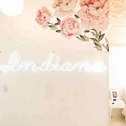 Gorgeous, customer-made neon sign.