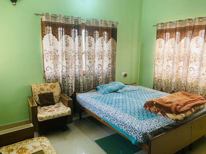 Stay in Kashi (1 Bedroom with kitchen & Terrace)