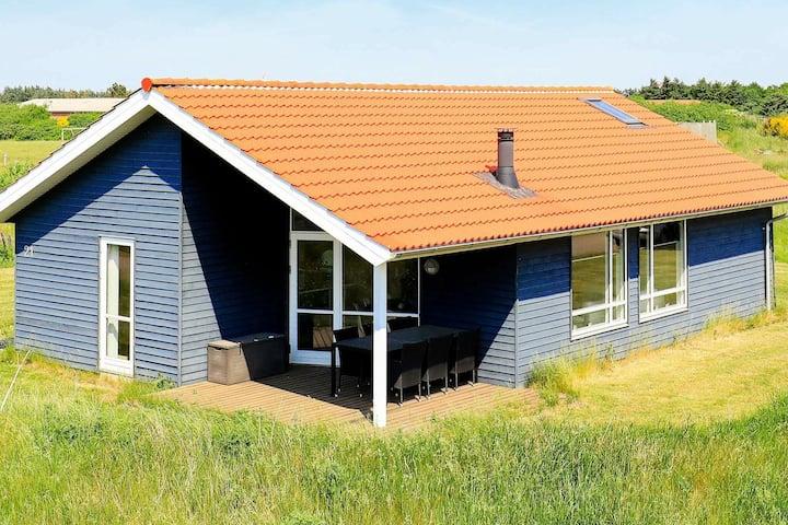 Accogliente casa vacanze a Ulfborg vicino al mare