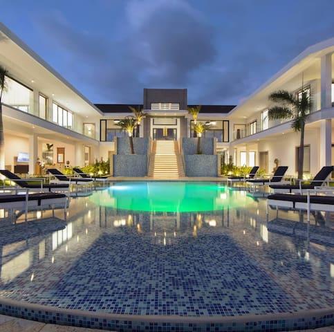 Hermosa Villa Deluxe La Catalina, Casa de Campo