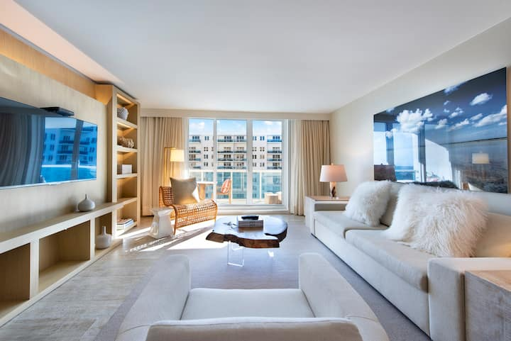 Luxurious 1/1 Direct Ocean at 1 Hotel & Homes