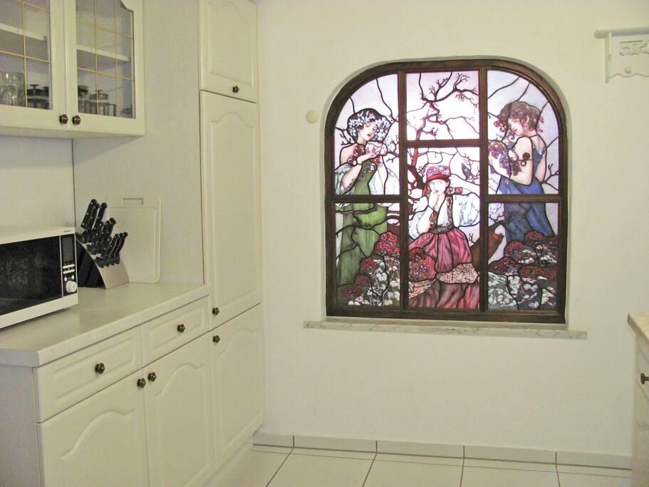 Bleiverglastes Fenster in der Küche
