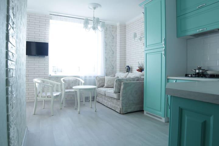 Новая и уютная квартира в курортной зоне. - Svetlogorsk - Apartemen