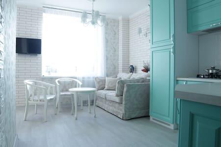 Новая и уютная квартира в курортной зоне. - Svetlogorsk - Apartment