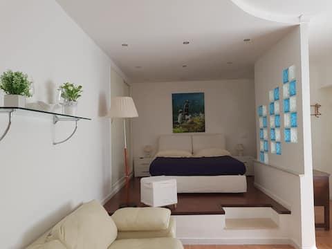 Modern Apartment on the sea