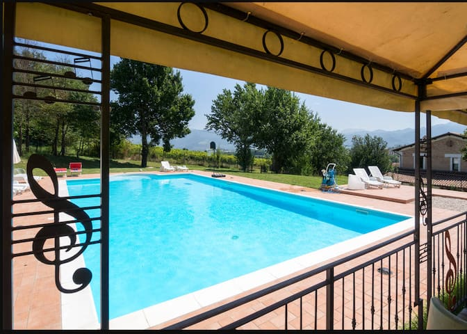 House - 100 km from the beach - Spoleto - Dom