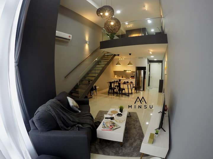 EC18-Comfy Duplex Above Mall #5pax#freeparking#MRT