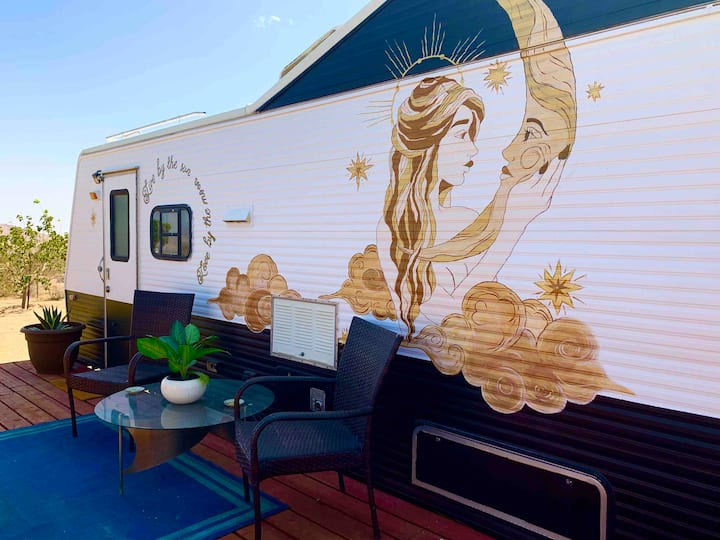 Free Spirit Trailer with Sun Deck for Stargazing!