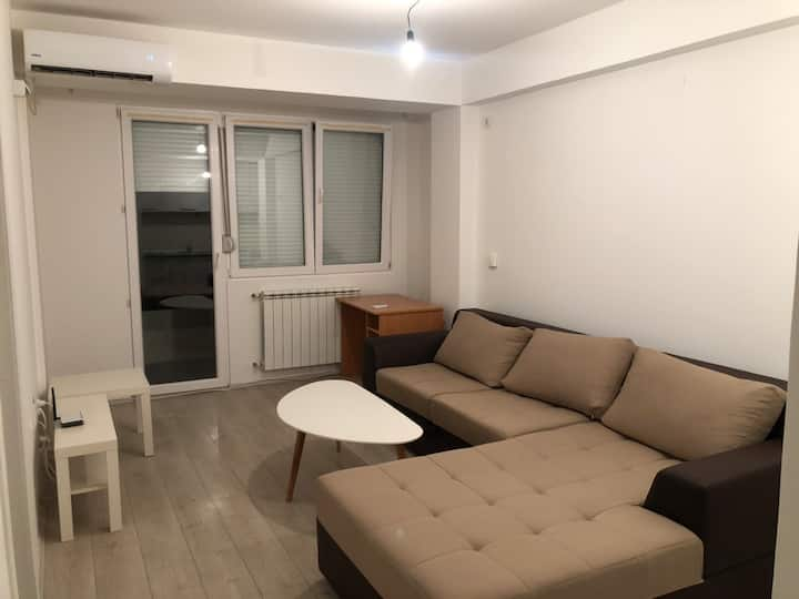 Bright modern apartment - 5 min from Center