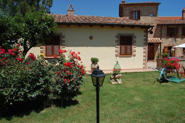 AGRITURISMO appartamenti tra Umbria e Toscana