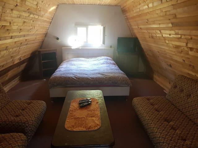Bedroom (on the floor)