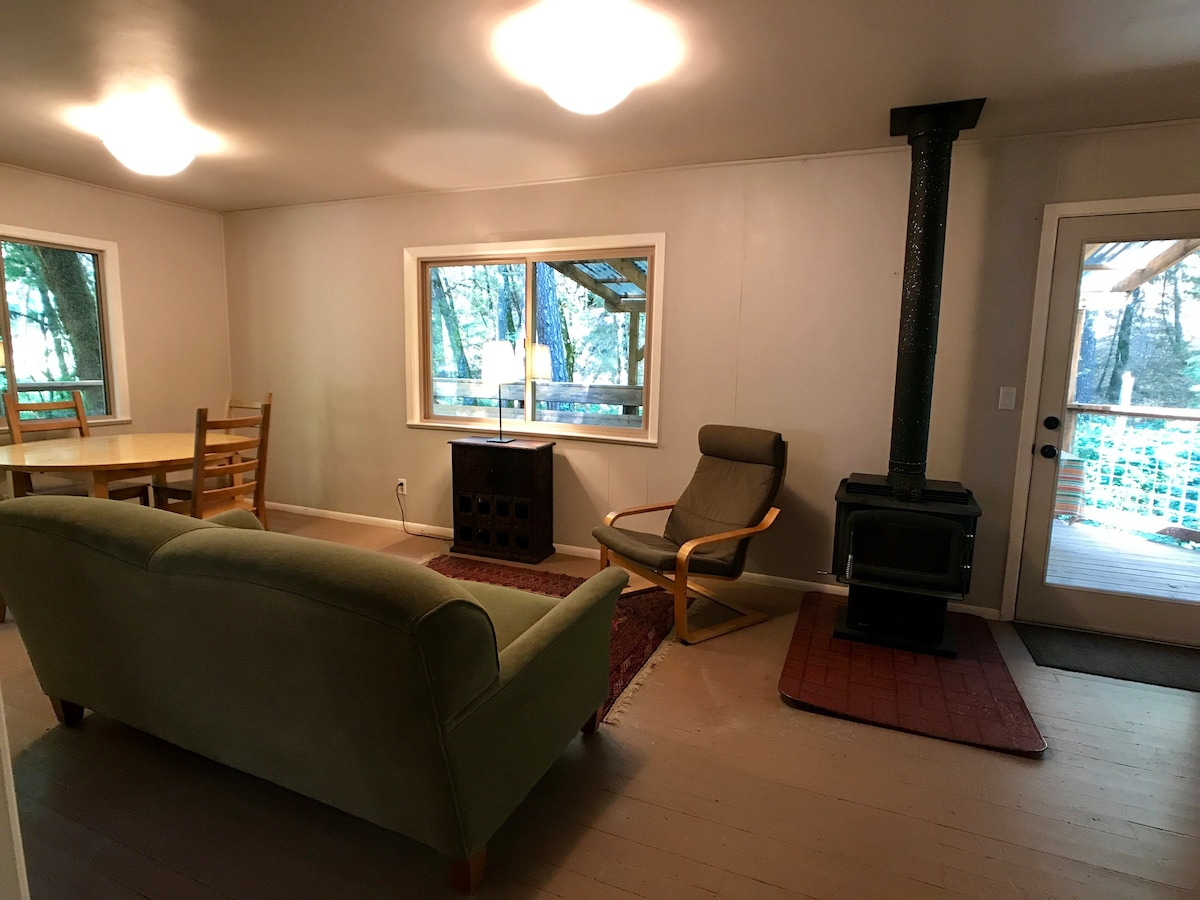 Beech   Lovely Creekside Cottage In The Woods   Cabins For Rent In Cobb,  California, United States