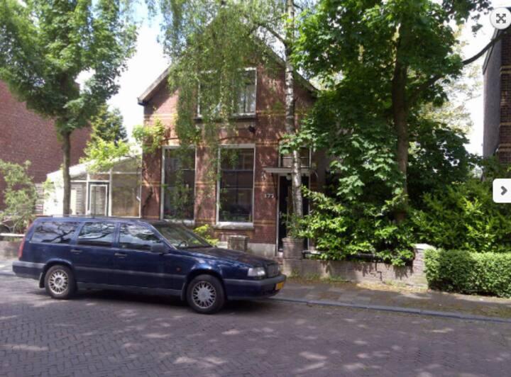 Breda, Heerlijke lichte ruimte.