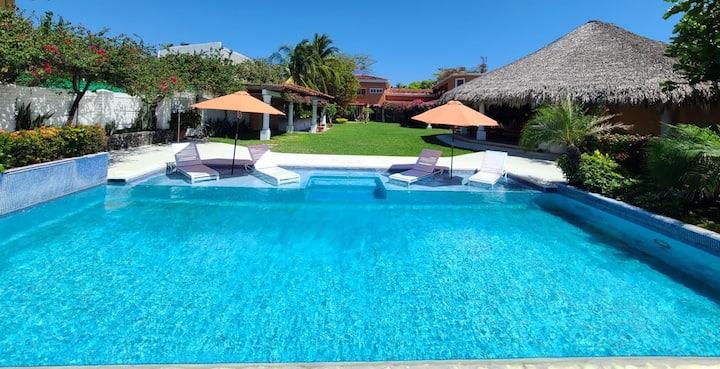 CARACOLA - Salinitas - Ocean Front Villa