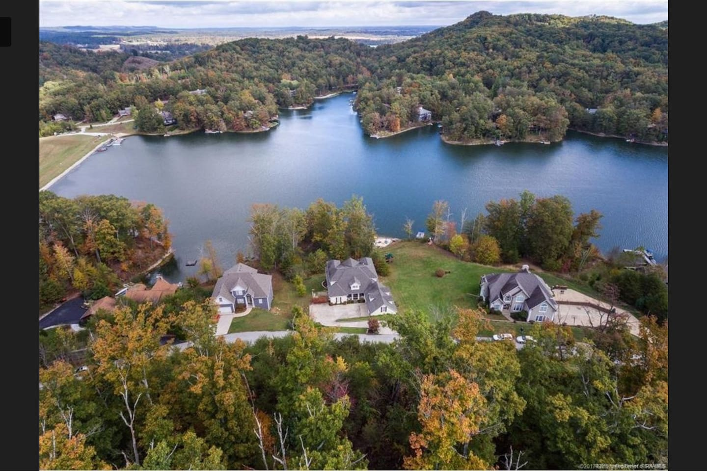 Middle Lakefront House