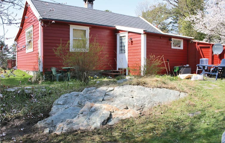 Holiday cottage with 2 bedrooms on 70 m² in Nordstrøno
