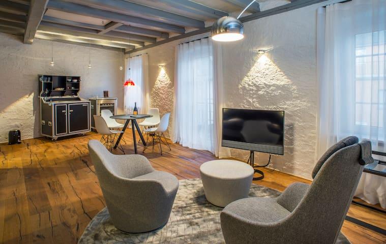 BALTHASAR RESS Suite - im Gutshaus des Weinguts