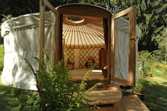 Natural+yurt+nights+-+%22don%27t+have+to+be%2C+just+be%22