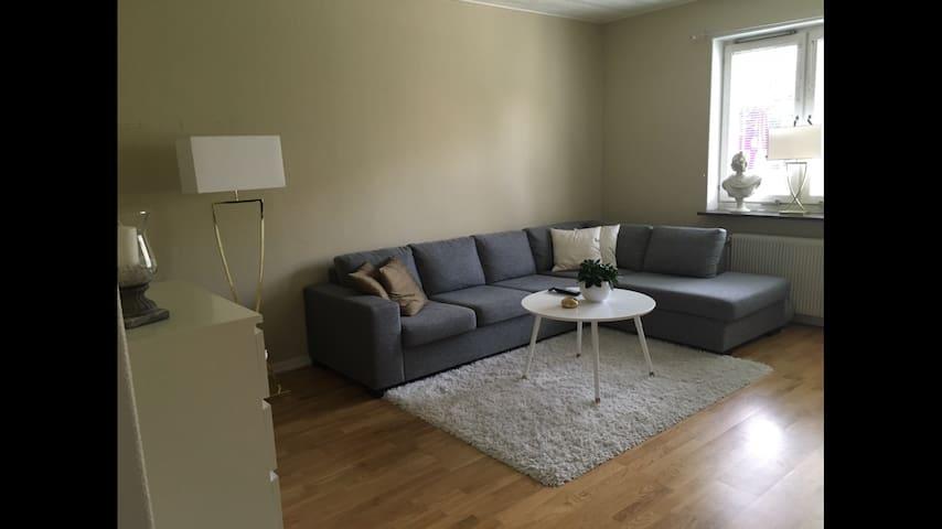 Super fin lägenhet nära centrum! - Karlstad - Departamento