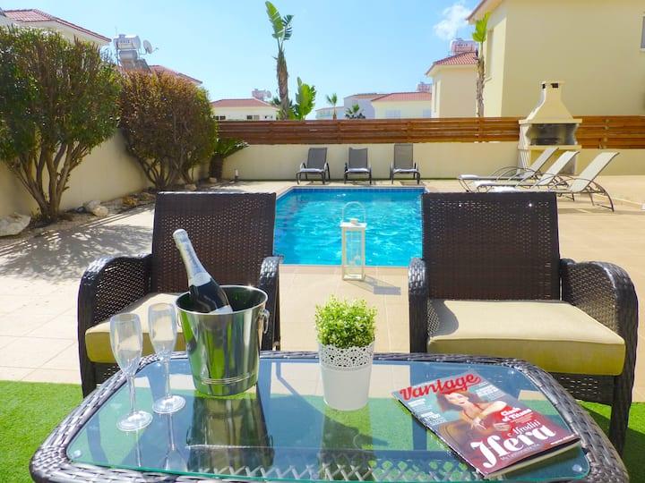 Nissi Golden Sands (Villa 16)Free WiFi